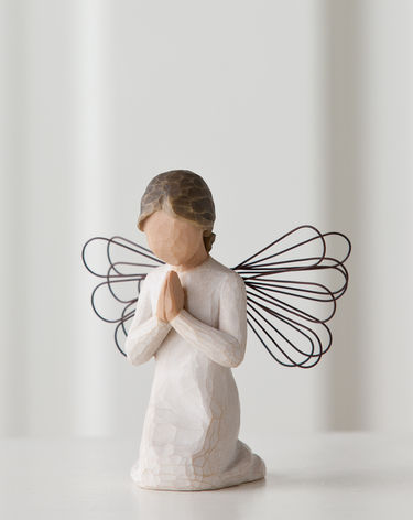 26012-WillowTree-Angel-Of-Prayer