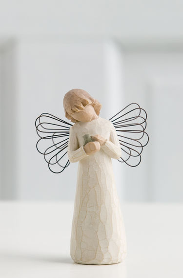 26020-WillowTree-Angel-Of-Healing